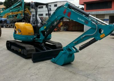 Rental & Sales of Excavators | Singland Heavy Machinery